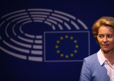 Daily Post:Ούρουσαλ φον ντερ Λάίεν:η ψήφος εμπιστοσύνης δοκιμάζει την ευρωπαϊκή συνοχή